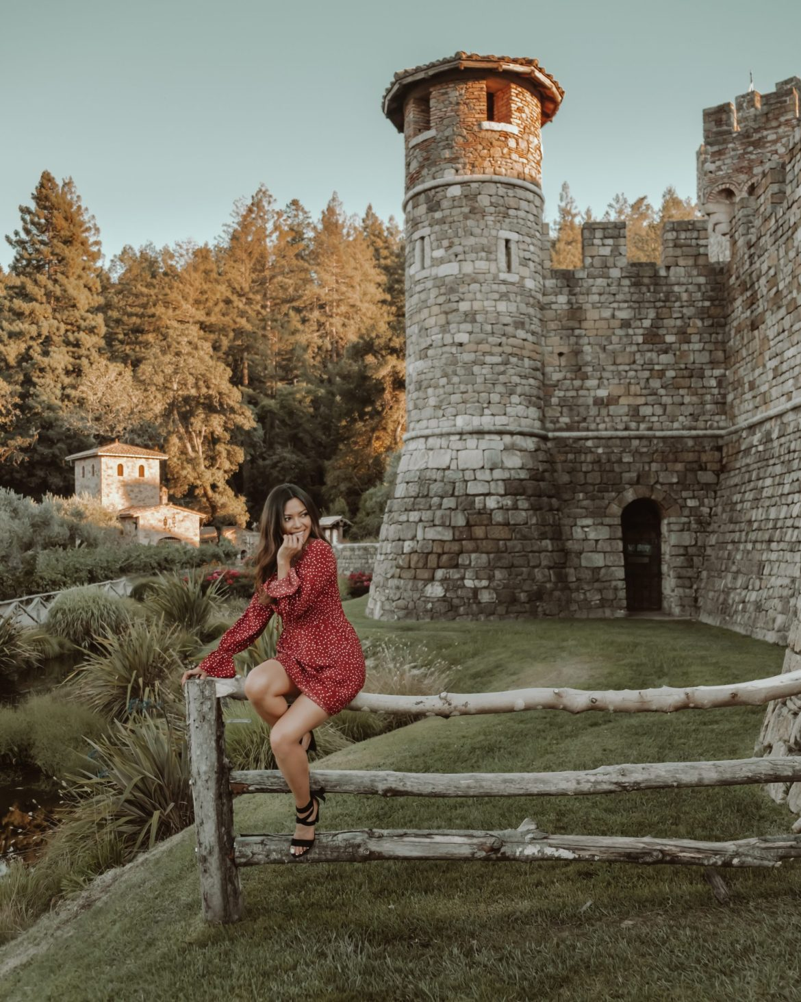 6 Epic Day Trips From San Francisco - Napa Valley outfit, Napa Valley photography, Napa Valley things to do