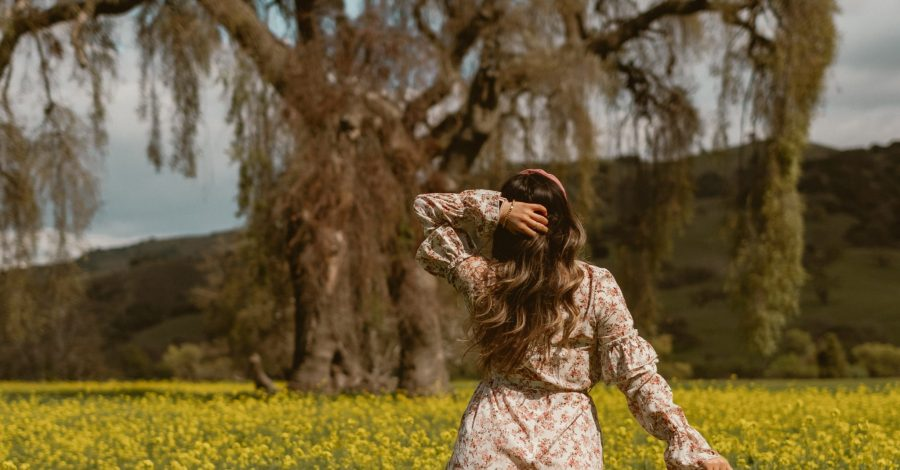 The Dreamiest Floral Dress for a Spring Photoshoot - spring photoshoot, spring photo ideas, creative photography, Instagram photoshoot, flower field, flower photoshoot