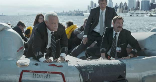 Plouf, plouf: l'avion parfois fait plouf. - photo Warner Bros