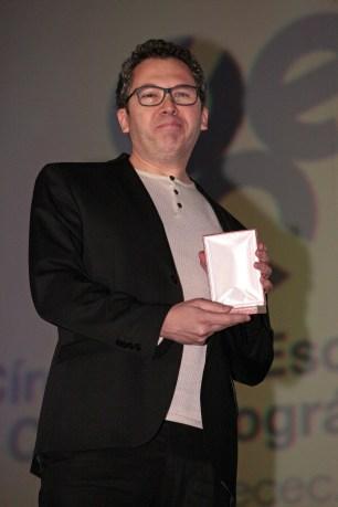 Lorenzo Pascual recoge la Medalla a la labor literaria para Diábolo Ediciones