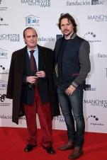 El escritor José Aguilar y el actor Carlos Castel, consejero de AISGE