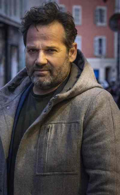 Portrait de Jean Robert Viallet, réalisateur de Des Hommes