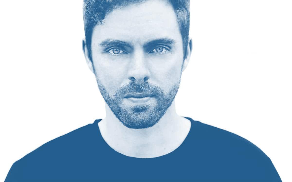 Bastien Lanza présente son album Bleu