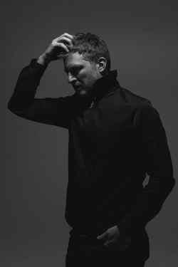 Octave Noire sur la promo de son second album, Monolithe