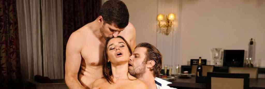 Pornochic Avi & Lana : Kristof Cale et Lana Roy et Vince Carter, dans le Marc Dorcel de mai 2020