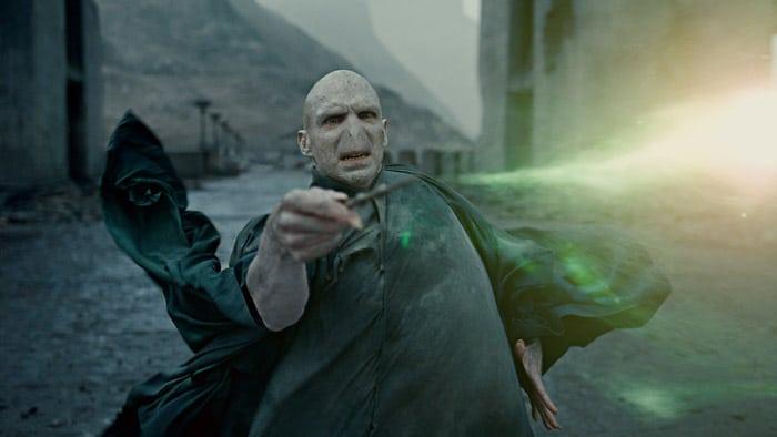 Voldemort attaque dans Harry Potter et les reliques de la mort 2