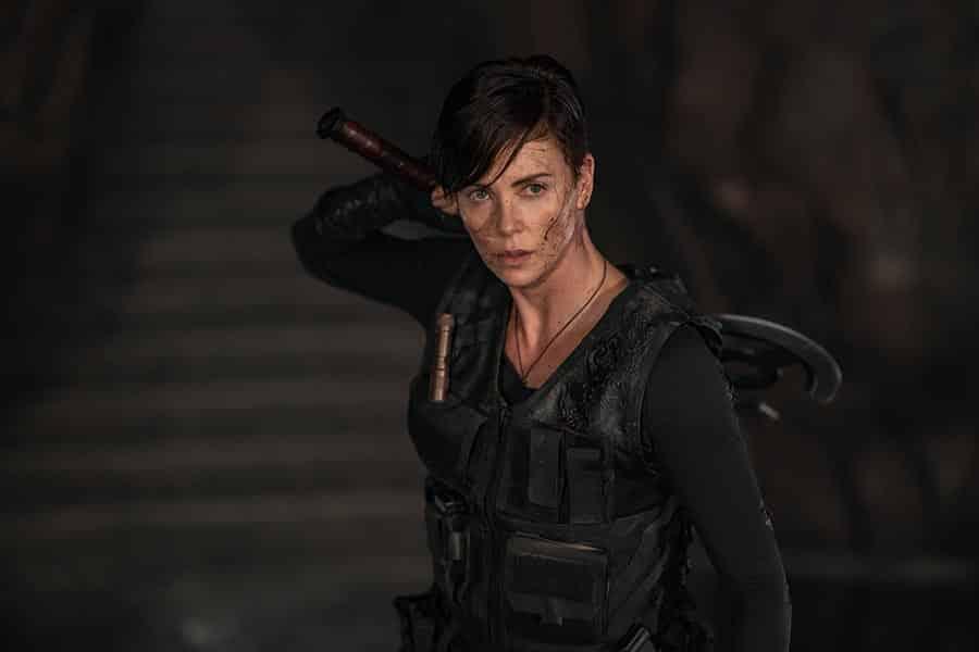 Charlize Theron dans The Old Guard pour Netflix