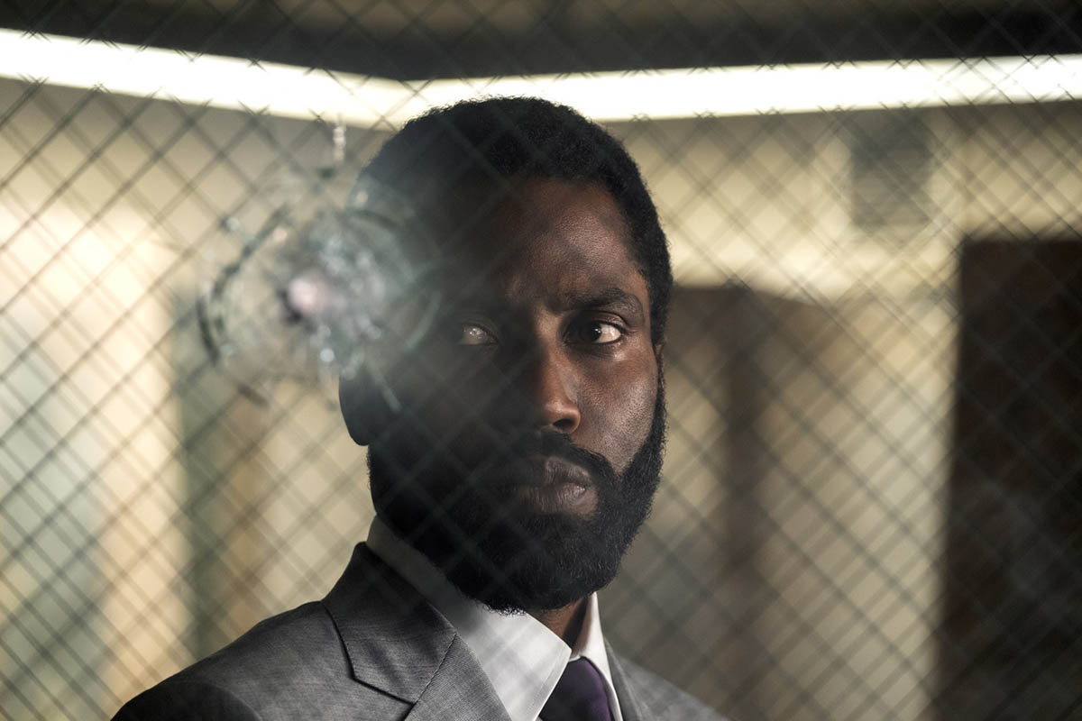John David Washington dans Tenet de Christopher Nolan