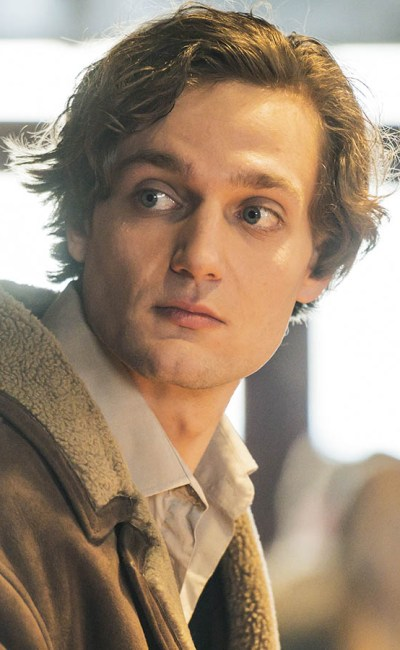 Lucas Englander dans Les Apparences
