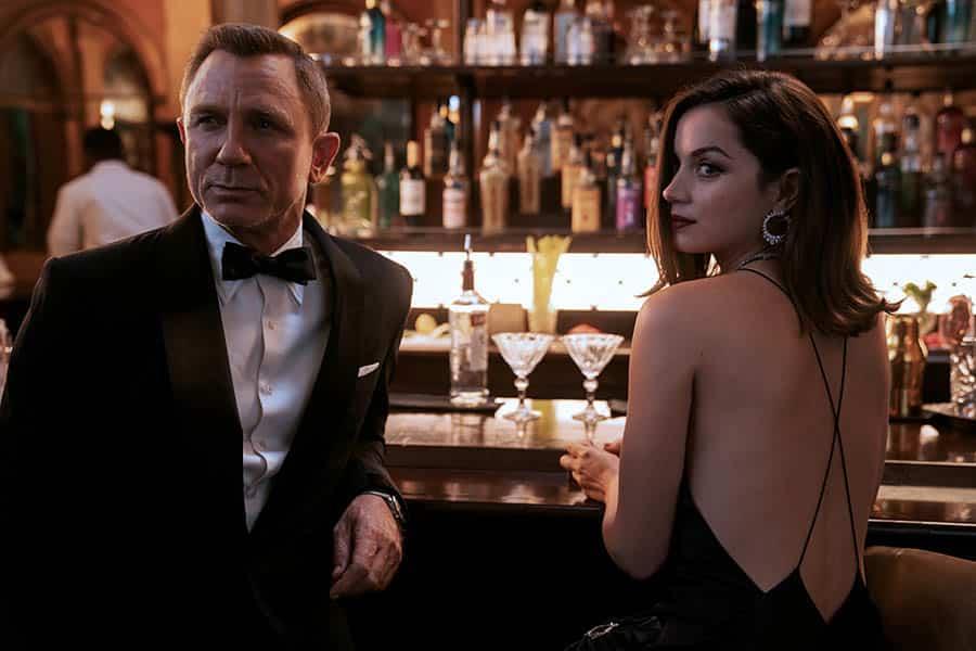 Ana de Armas et Daniel Craig dans Mourir peut attendre