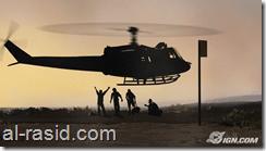 طائرة هليكوبتر وجنود