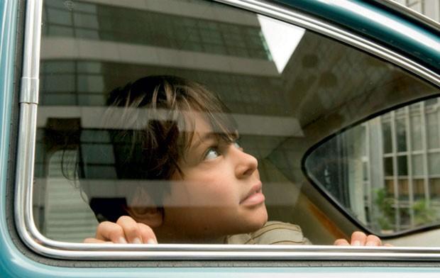 Filmes sobre o Golpe de 64 - o-ano-em-que-meus-pais-sairam-de-ferias de Cao Hamburguer de 2007