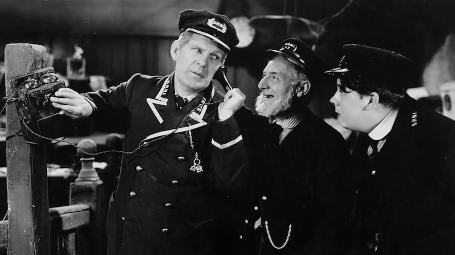 Oh, Mr. Porter! (1937)