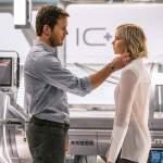 Chris Pratt y Jennifer Lawrence Están Solos en el Espacio en Primer Trailer de 'Passengers'