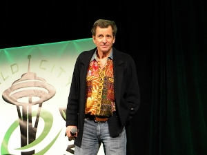 Dirk Benedict Ushered Onstage by 56th Army Band at Emerald City Comicon