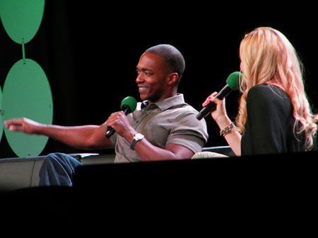Anthony-Mackie-ECCC-2015-Couch