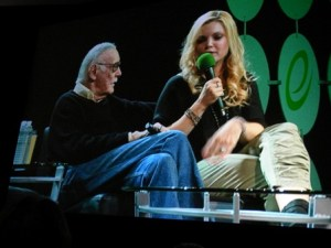 Stan Lee Clare Kramer ECCC 2015 screen