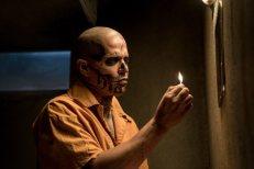 Jay Hernandez as El Diablo in Suicide Squad (Foto: Clay Enos/Warner Bros.).