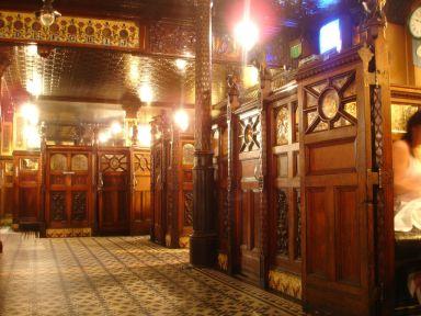 Crown_Bar_interior