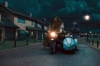 Robbie Coltrane et Daniel Radcliffe dans Harry Potter et les reliques de la mort: 1ère partie (2010)