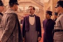 Ralph Fiennes, Tony Revolori, et Golo Euler dans The Grand Budapest Hotel (2014)