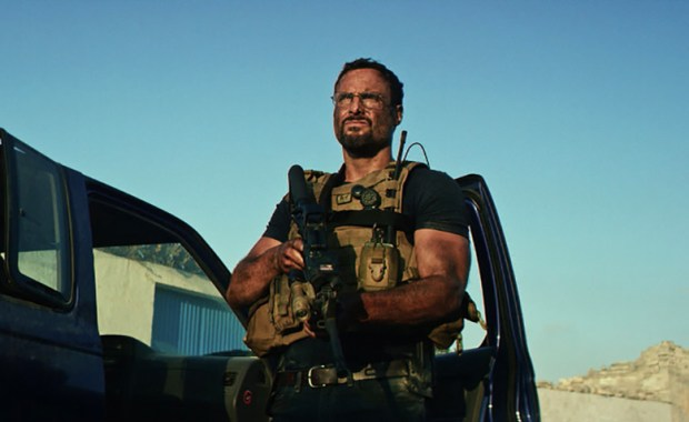 13-hours-the-secret-soldiers-of-benghazi-michael-bay-ff-084lc.jpg