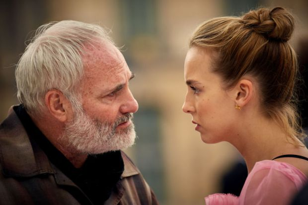 gallery-1537442814-16088751-low-res-killing-eve
