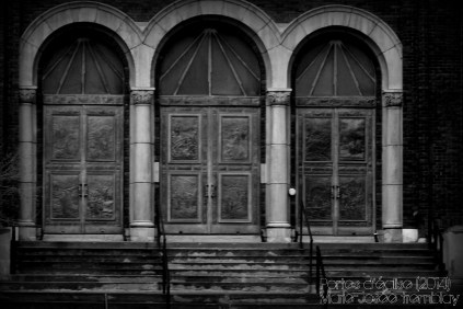 Day 4 : Church's doors