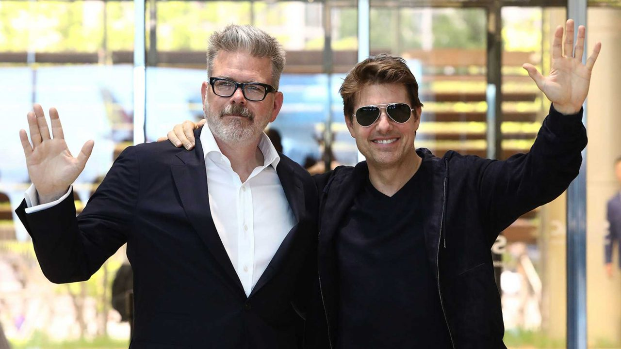 fotografía de christopher mcquarrie y tom cruise misión imposible