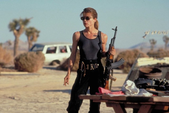 linda hamilton como sarah connor en terminator 2: el juicio final, terminator 2: judgement day
