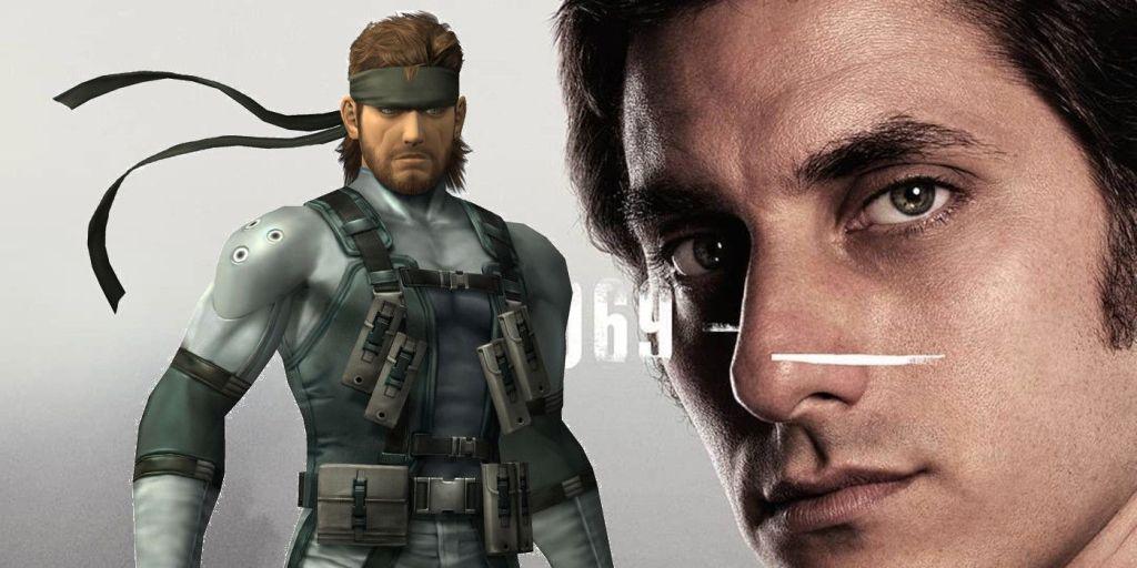 Fotografía de Luca Marinelli con imagen de Solid Snake, Metal Gear Solid