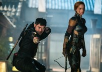 Samara Weaving plays Scarlett and Henry Golding plays Snake Eyes in Snake Eyes: G.I. Joe Origins from Paramount Pictures, Metro-Goldwyn-Mayer Pictures and Skydance.