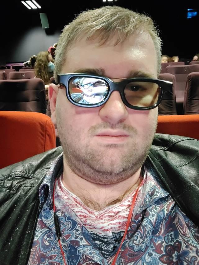 Emil Calinescu la Monster Hunter 3D - Vanatorul de Monstri Happy Cinema