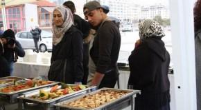 19ο ΦΝΘ: Πρόσφυγες Μαγειρεύουν για όλους (φωτορεπορτάζ)