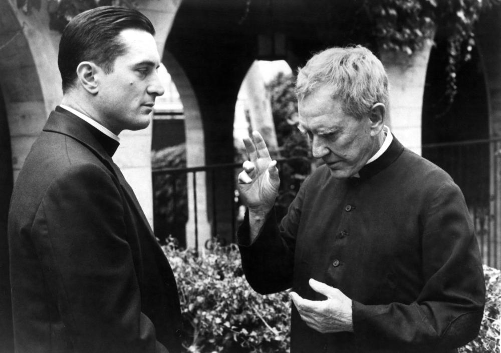 TRUE CONFESSIONS, Robert DeNiro, Burgess Meredith, 1981. (c)United Artists..
