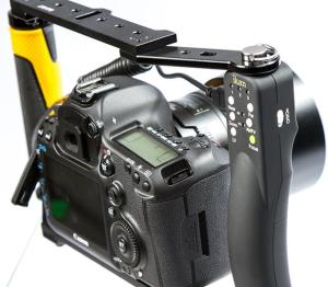 ikan DragonFly Handheld Rig with USB Control Grip