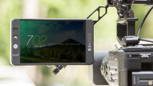 SmallHD 702_Outside