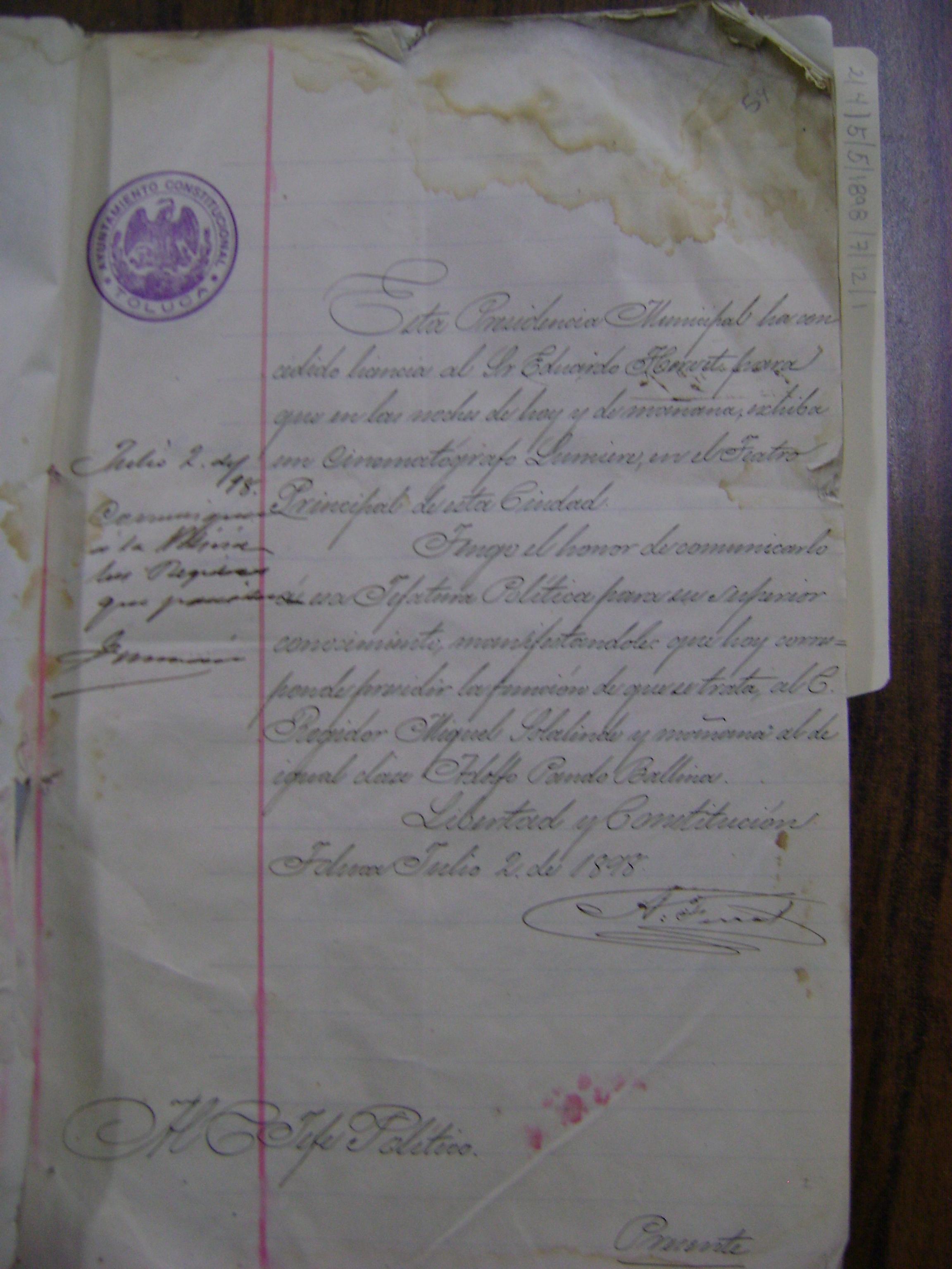 Autorización a favor de Eduardo Hervet para exhibir el cinematógrafo en Toluca fechada el 2 de julio de 1898