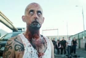 """""""Apocalipsis Zombie"""", entre lo sangriento y la parodia"""