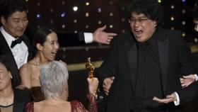 """""""Parásitos"""" devuelven credibilidad al Oscar y el Oscar pierde credibilidad con Netflix"""