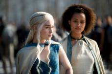 game-of-thrones-season-4-daenerys-targaryen-y-missandei
