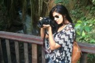 Malavika Mohanan As A Photographist