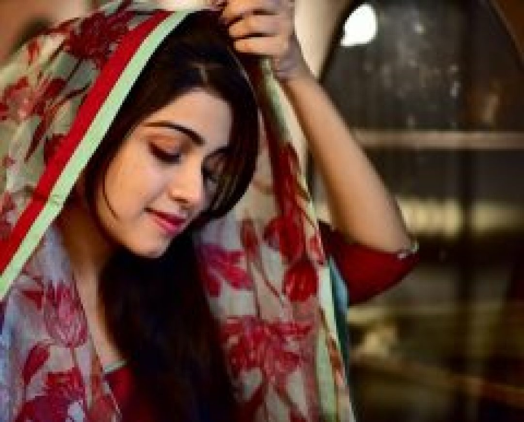 Lovely & Beautiful Manasa Radhakrishnan