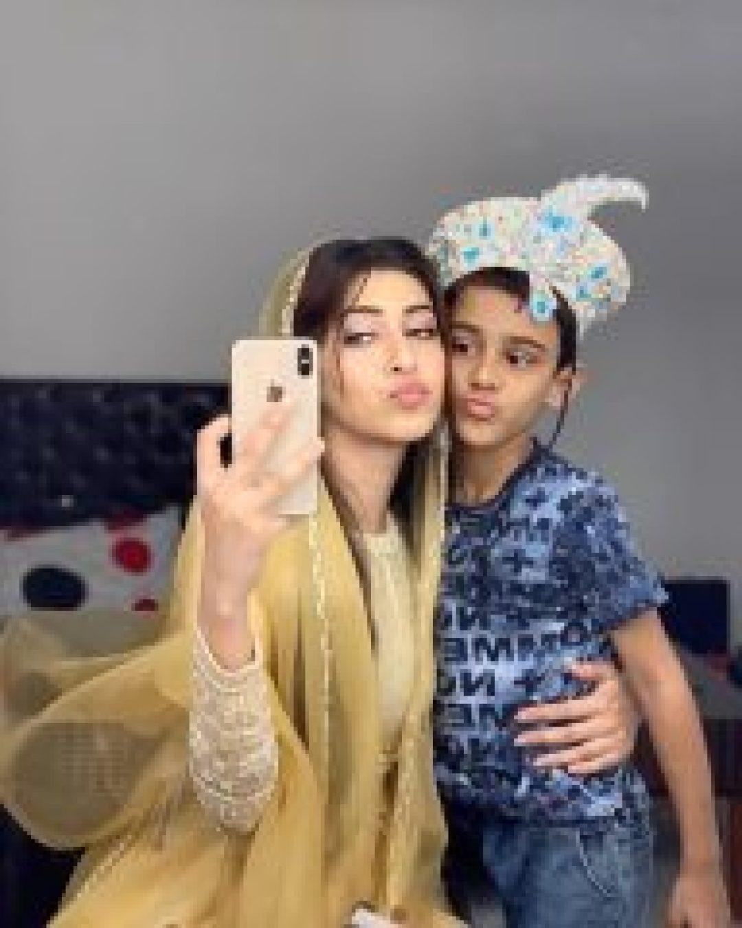 sonarika bhadoria with small boy