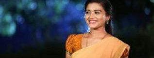 Shabana Shajahan in Sandal Half saree