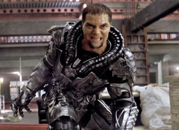 man-of-steel-michael-shannon-600x437