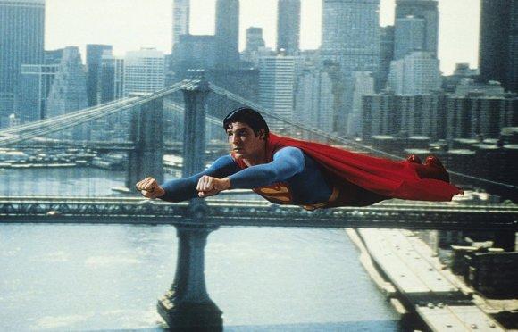 superheroes_superman1978_2_tx800