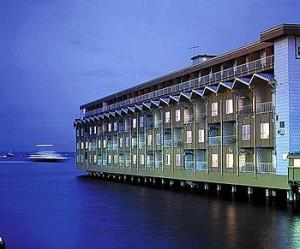 Hotel Edgewater donde se hospedaba Led Zeppelin