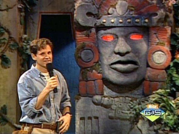 Kirk Fogg presentador de Leyendas del Templo Escondido
