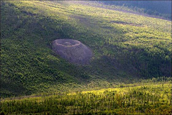El cráter Patomskiy